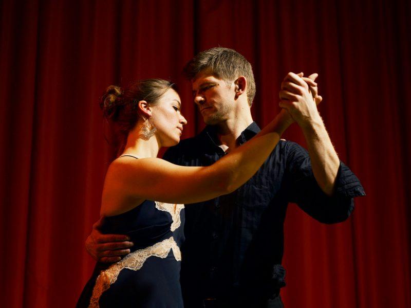 Få nærhed ind i dit liv med argentinsk tango - Kim Matzen