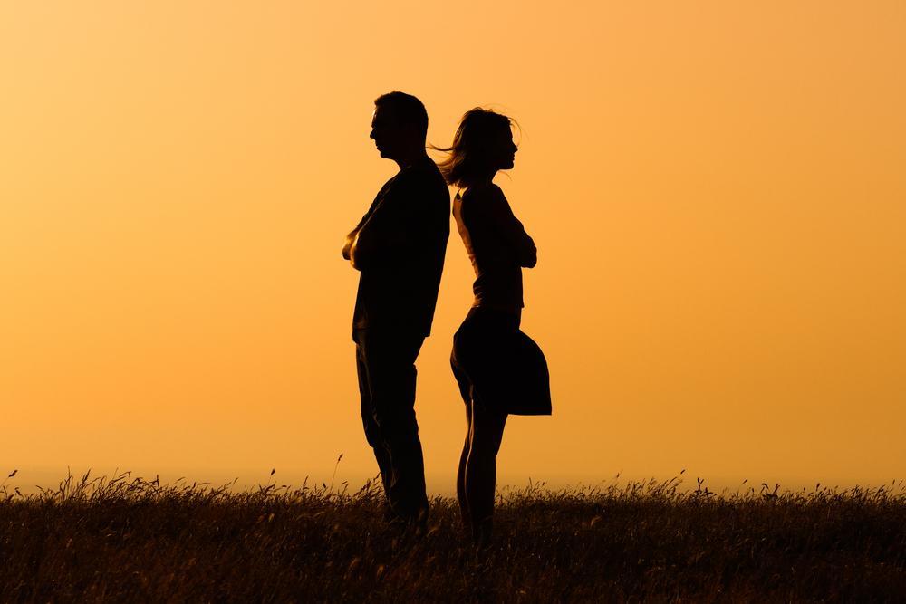 Parterapi gør det muligt at opnå kontakt mellem partnerne så sund kommunikation er muligt